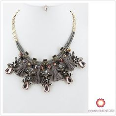 Jueves Glam   Para más info:  Contactanos : 809 853 3250 / 809 405 5555 Pagos a través de Paypal  Delivery  Envoltura disponible   #available #silver #gray #fancy #crystals #accesories #jewelry #chic #trendy #delicate #precious #glam #gorgeous #unique #fancy #byou #becomplete #pretty #complementosjewelry #complementosrd
