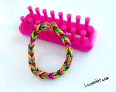 Pulseras de Gomita  Cola de Pescado  Rainbow Loom Fishtail Bracelet en Español http://www.comotelar.com/pulseras-de-gomitas/