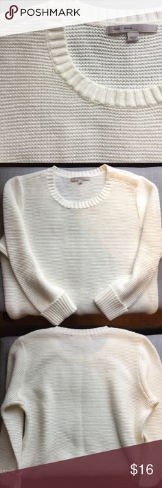 Gap crew neck sweater Like new Gap sweater. 3/4 length rolled sleeves. 4 buttons at the left side of the neckline. Sweater is 21 inches in length and measures approx 19 inches at the bust. GAP Sweaters Crew & Scoop Necks
