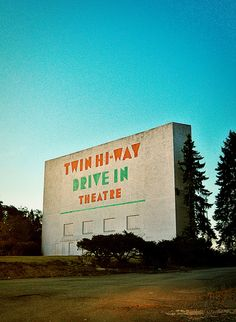 Twin Hi-Way Drive-In.....Pittsburgh, PA