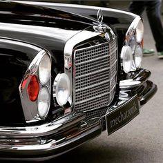 Mercedes Classic Cars, Bmw Classic Cars, Mercedes Benz 220, Old Mercedes, M Benz, Mercedez Benz, Daimler Benz, Cabriolet, Retro Cars