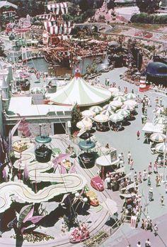Vintage Disneyland //