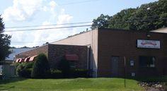 Overhead Door Company of Waterbury™ Waterbury Connecticut, Doors, Outdoor Decor, Puertas, Doorway, Gate