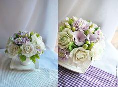 """Купить Букет """" Лавандовая скабиоза с розами"""" - бледно-сиреневый, розы, фиалки, листва"""