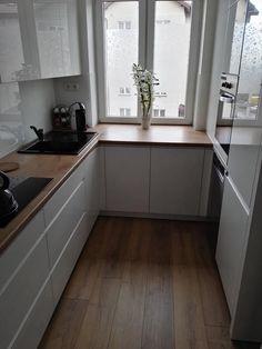 flooring flooring - Lilly is Love Kitchen Room Design, Kitchen Dinning, Kitchen Cabinet Design, Home Decor Kitchen, Kitchen Furniture, Kitchen Interior, Home Kitchens, Small Apartment Interior, Small Apartment Kitchen