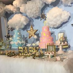 Welcome baby 💕✨💙 Event styling 👌🏼 Fiesta Baby Shower, Baby Shower Parties, Baby Shower Themes, Baby Boy Shower, Shower Ideas, Baby Reveal Cupcakes, Bebe Shower, Baby Event, Baby Boy Baptism