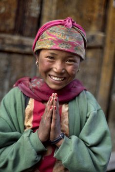 """stevemccurrystudios: """" This young girl was photographed in Nepal. New Blog: http://stevemccurry.wordpress.com/2013/12/15/leaving-and-coming/ Gallery Exhibitions David Bloch Gallery Marrakesh,..."""