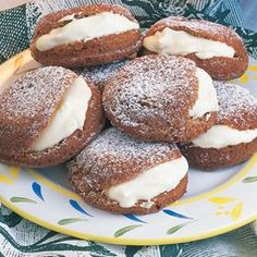 These are divine little pockets of cinnamon sponge happiness. Kiwi Recipes, Baking Recipes, Sweet Recipes, Cookie Recipes, Mini Cakes, Cupcake Cakes, Cupcakes, Tea Cakes, Cake Cookies