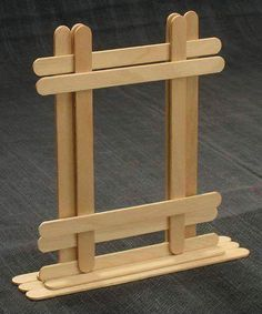 Popsicle stick photo frame - Crafts - Popsicle stick picture frame, suitable for craftsman req, site has lots of popsicle stick idea, som - Popsicle Stick Picture Frame, Popsicle Stick Art, Popsicle Crafts, Craft Stick Crafts, Craft Sticks, Craft Ideas, Resin Crafts, Diy Projects With Popsicle Sticks, Lolly Stick Craft
