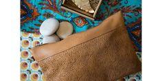 Bolsos BEFLOW hechos a mano en España. Burlap, Reusable Tote Bags, Fashion, Handmade Bracelets, Silver Bathroom, Facts, Hands, Handbags, Colors