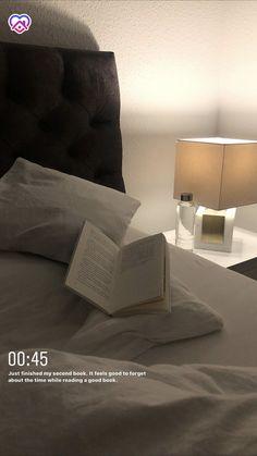 Creative Instagram Stories, Instagram Story Ideas, Bedroom Inspo, Bedroom Decor, Study Inspiration, My New Room, Relax, Sweet Home, Interior Design