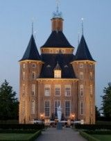 a dutch castle Family Matters, New Construction, Outdoor Lighting, Netherlands, Brick, Home Improvement, Restaurant, Mansions, House Styles