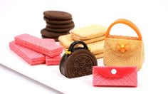 Cookie Purses Make three different cookie purses using store-bought ingredients. These adorable edibles are lots of fun for a birthday party a tea party or a Mothers Day brunch. The post Cookie Purses was featured on Fun Family Crafts. Chocolate Wafer Cookies, Chocolate Wafers, Chocolate Covered, Tea Cookies, Cupcake Cookies, Edible Cookies, Baking Cookies, Beignets, High Heel Cookies