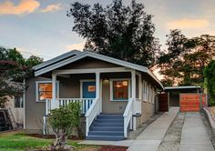 Colorful 1922 California Bungalow in Highland Park, 519k