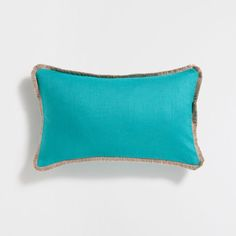 Image of the product Green linen cushion cover with fringe