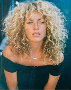 Haircut curly bangs perms 39 best Ideas Best Picture For blonde curly hair mixed For Your T Curly Hair Styles, Curly Bangs, Curly Hair Cuts, Short Curly Hair, Wavy Hair, New Hair, Natural Hair Styles, Natural Curls, Curly Girl