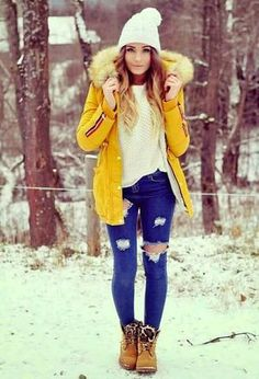 Look by @casmi with #timberland #ankleboots #winter #knit #ripyourjeans #whitesweaters #yellowcoats #darkbrownboots.