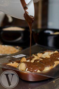 Proceso de elaboración de nuestra barra de chocolate personalizado de The Chocolate House