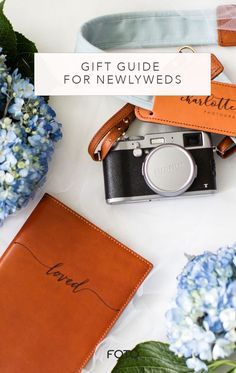 Gifts for Newlyweds Leather Camera Strap, Camera Straps, Wedding Portraits, Wedding Photos, Newlywed Gifts, Gifts For Photographers, Practical Gifts, Fine Art Wedding Photography, Personalized Products