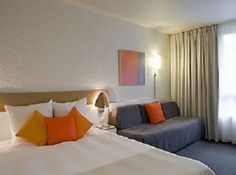 Novotel Marseille Est is located just 10 minutes from the Old Harbor Park Chanot. The Novotel Marseille Est is the ideal place for business and leisure travelers.
