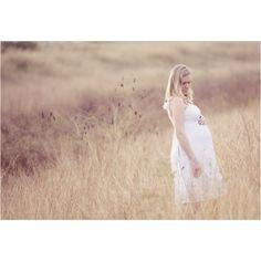Maternity photo ideas.