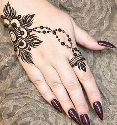 42 beautiful henna tattoo designs for women to try out - Henna Tattoo - Henna Designs Hand Henna Tattoo Designs, Simple Mehndi Designs, Mehndi Designs For Hands, Mehandi Designs, Tribal Henna Designs, Latest Mehndi Designs, Henna Finger Tattoo, Tattoo Henna, Finger Tattoos