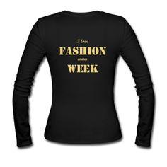 T-Shirt Druck und T-Shirts bedrucken bei Spreadshirt, Europas größter T-Shirt Druckerei. Berlin Mode, Berlin Fashion, Hoodies, Sweatshirts, Graphic Sweatshirt, Design, Parka, Trainers, Hoodie
