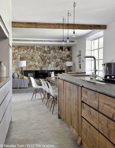 120 Modern Rustic Farmhouse Kitchen Decor Ideas – Home Design Rustic Kitchen Design, Farmhouse Kitchen Decor, Home Decor Kitchen, Kitchen Interior, New Kitchen, Rustic Farmhouse, Farmhouse Style, Kitchen Wood, Kitchen Ideas