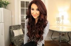 Jaclyn Hill :) look at her beautiful self and hair!!! I believe that she is wearing bellami hair and they look great on her!! Subscribe to her on YouTube and follow her on Instagram and twitter.