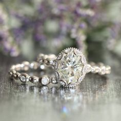 Hey, I found this really awesome Etsy listing at https://www.etsy.com/listing/218015506/vintage-inspired-floral-moissanite