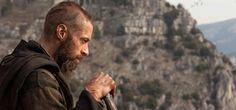 Les Misérables (2012) Film Review. Click to read. #LesMiserables #film #geek