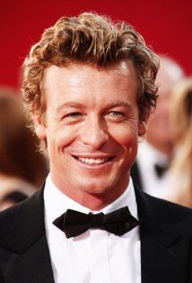 "Simon Baker stars as the charming Patrick Jane in the CBS show ""The Mentalist."""