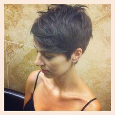 Tanyas late night haircut!! #shorthair #haircut #collarbone - @dillahaj- #webstagram