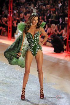 VS model Miranda Kerr's body