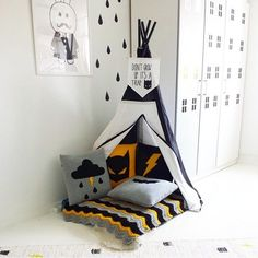 Ideas for children reading corner ideas spaces Reading Corner Kids, Reading Corners, Children Reading, Reading Nooks, Baby Bedroom, Kids Bedroom, Bedroom Ideas, Batman Bedroom, Deco Design