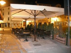 Terrasse on pinterest 23 pins for Parasol impermeable terrasse