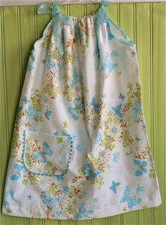 I love these pillowcase dresses:)
