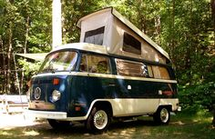 1976 VW Westfalia Camper