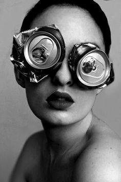 anteojos de lata