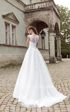 Scoop Tulle Appliques Wedding Dresses 2018 Lace Up Buttons Bridal Gowns with Sash_Princess Wedding Dresses_Wedding Dresses_Buy High Quality Dresses from Dress Factory 2016 Wedding Dresses, Wedding Dress Shopping, Princess Wedding Dresses, White Wedding Dresses, Bridal Dresses, Bridesmaid Dresses, Dresses 2016, Applique Wedding Dress, Buy Dress