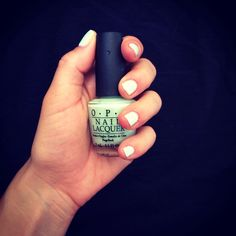 Nails opi light green pastel