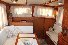 trawler Aquarius
