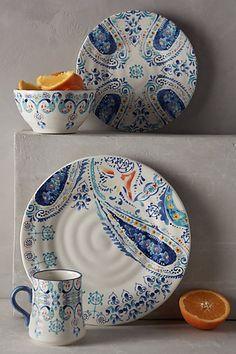 Swirled Symmetry Dinner Plate & 33UB OperaNova