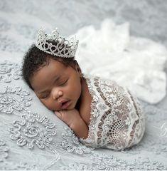 Cute Mixed Babies, Cute Black Babies, Beautiful Black Babies, Cute Baby Girl, Cute Babies, Baby Love, Newborn Black Babies, Newborn Baby Photos, Newborn Pictures