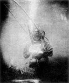 World's First Underwater Photo  The first underwater camera system was developed by French scientist Louis Boutan in 1893.   (via thehistoryprofessor)