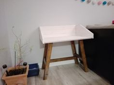 Smart simple wooden desk, DIY