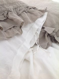 Linen Euro Sham pillowcase with small ties standard by mooshop