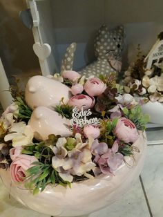 World of Flowers Fall Crafts, Easter Crafts, Diy And Crafts, Flower Boxes, Flowers, Pumpkin Flower, Flower Decorations, Floral Arrangements, Wreaths
