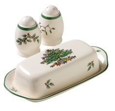 Spode Christmas Tree 3-Piece Hostess Set Spode http://www.amazon.com/dp/B000F2NXUM/ref=cm_sw_r_pi_dp_XybZub0Z7KR5A
