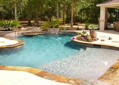 people are not depended on the common pool but today they glance to a natural swimming pool. So, what is exactly natural swimming pool? Beach Entry Pool, Backyard Beach, Beach Pool, Backyard Ideas, Backyard Pools, Pool Decks, Indoor Pools, Back Yard Pool Ideas, Zero Entry Pool